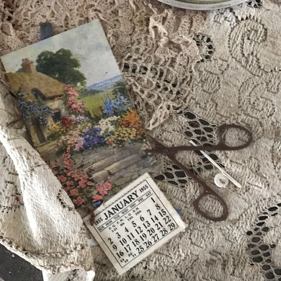 Scissors, lace, calendar, 1955